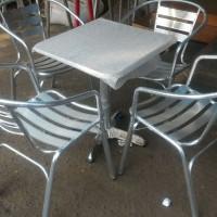 1 set meja aluminium 60x60 dan 4 kursi aluminium cafe kantin pujasera