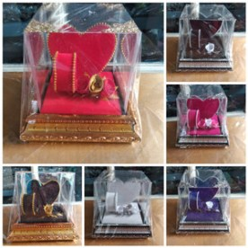 Tempat Mahar perhiasan pernikahan gelang kalung love