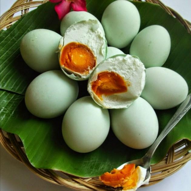 Hasil gambar untuk telur bebek hd