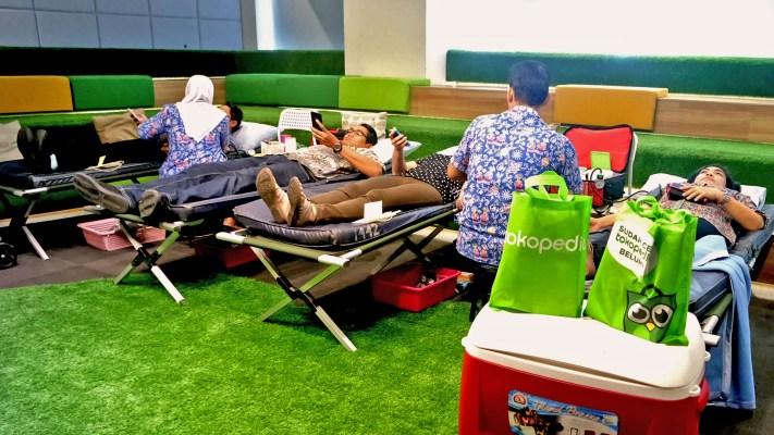 Tokopedia CSR: Berbagi Kepedulian, Tokopedia Adakan Kegiatan Donor Darah