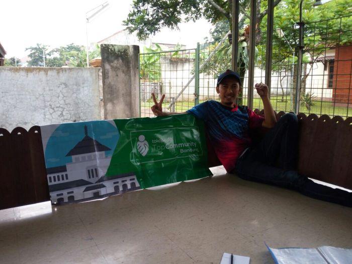 NOBAR TopCommunity Bandung pertama ini memang sengaja dibuat dengan konsep santai untuk membahas rencana kegiatan Toppers Bandung. Acara santai ini dimulai pukul 12.00 dengan sambutan dari Ketua Kelas Bandung, Bagus tentang penjelasan seputar TopCommunity Bandung.