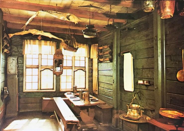 Image of the inside of a room in Bergen's Bryggen
