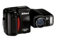 Nikon Coolpix 950 - Digital camera - compact - 2.1 Mpix - optical zoom: 3 x - supported memory: CF - black