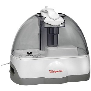 So what's the big deal about using a CPAP humidifier? Why would you want to add another piece of equipment beyond the CPAP machine and mask? It's just something else you have to buy, fill each night with water, clean, or.