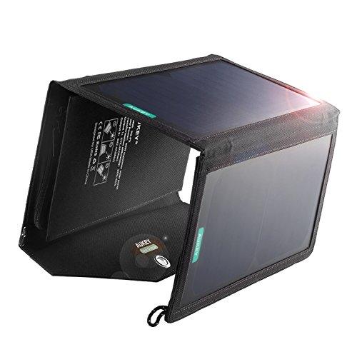 Aukey ソーラーパネル 20W 2USBポート ソーラーチャージャー 折り畳み式 iPhone 6 iPad Air2 Xperia Z5 Galaxy S7 Android各種他など スマホ スマートフォン タブレット モバイルバッテリー 対応 ソーラー充電器 アウトドア用品 PB-P2