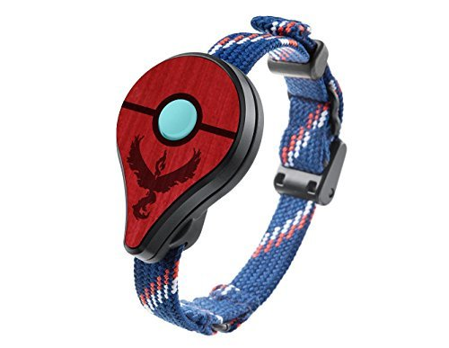 【シールアクセサリー(Pokemon Go Plus用)】 POKEWARES? Shield for Pokemon GO Plus | Valor Red | Real Wood Cover Skin for Nintendo Accessory - PREORDER by PokeWares [並行輸入品]