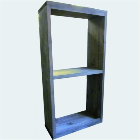 Robustes Holzregal aus Nadelholz gefertigt 100 x 50 x 25 cm