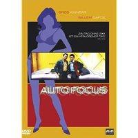 Auto Focus / Regie u. Drehbuch: Paul Schrader. Darst.: Greg Kinnear, Willem Dafoe, ...
