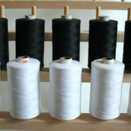 New ThreadNanny Black and White Spools of 3-PLY Polyester Sewing Quilting Serger threads (10 tubes X 1000 meters)