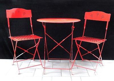 Top Bistro Set für Garten und Terrasse 1 Tisch und 2 Stühle rot