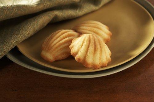 Donsuemor Lemon Zest madeleines