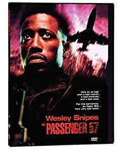 Amazon Com Passenger 57 Wesley Snipes Bruce Payne Tom