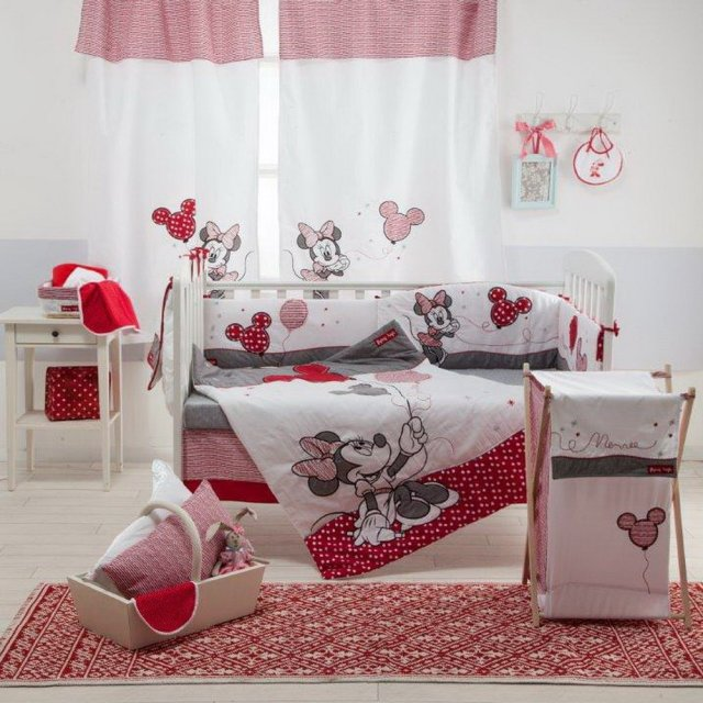 Disney Red Minnie Mouse 4 Pc Crib Bedding Set (Bumper)