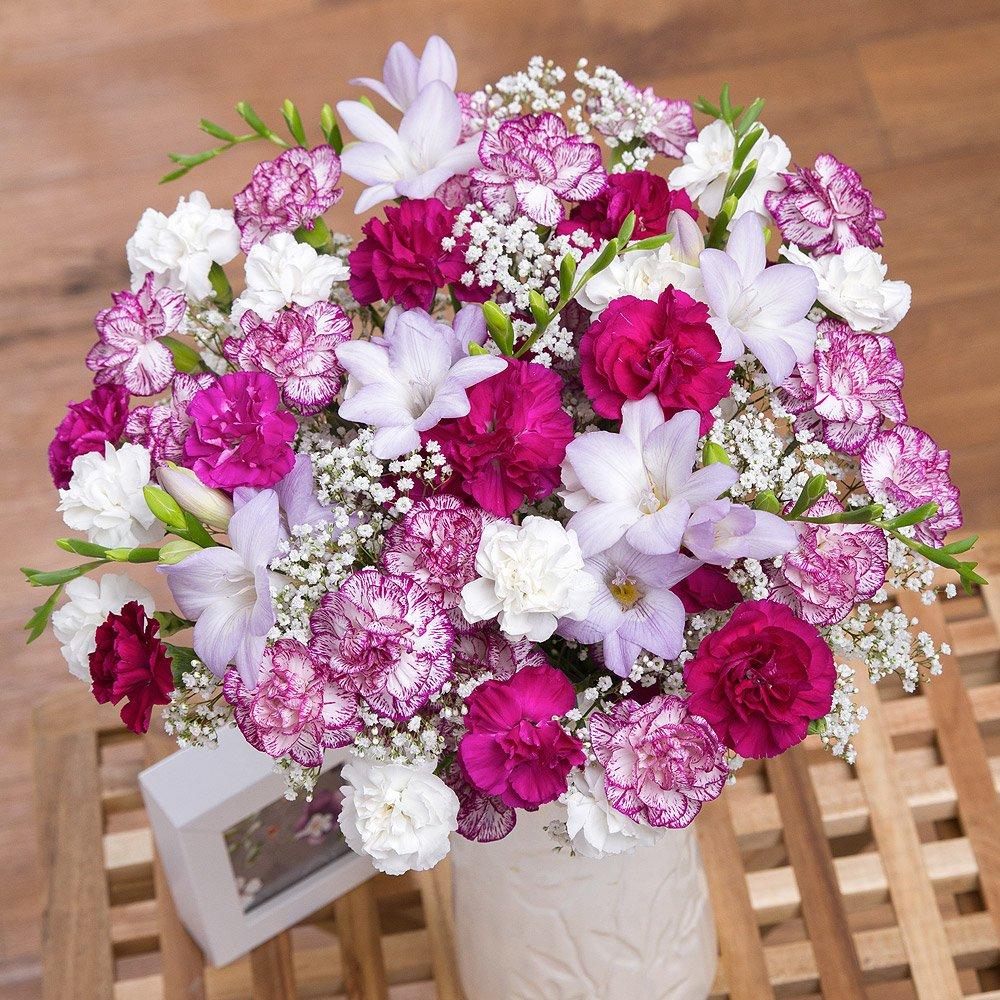 bouqet of flowers cheap teen girl gift ideas
