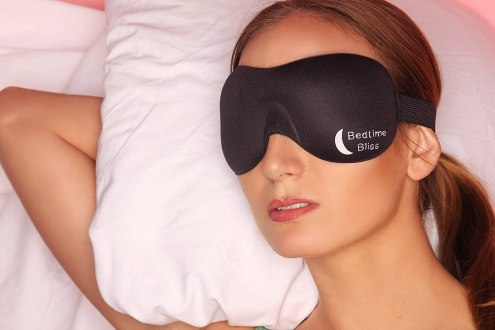 bedtime bliss contoured eye mask review