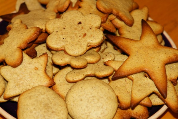Имбирное печенье с корицей и медом - как приготовить ...