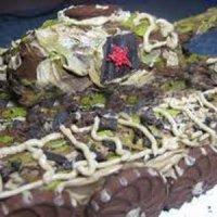 """Шоколадно-кремовый слоёный торт """"Добош Танк"""""""