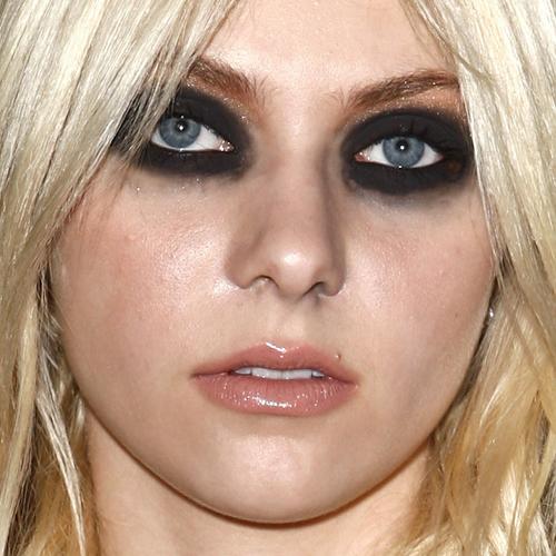 extra_large_taylor-momsen-makeup-3