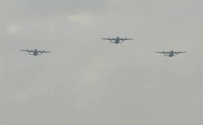 Air Force's Flypast Over Delhi's Rajpath To Thank Coronavirus Warriors 3
