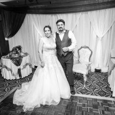 الف مبروك زواجكم