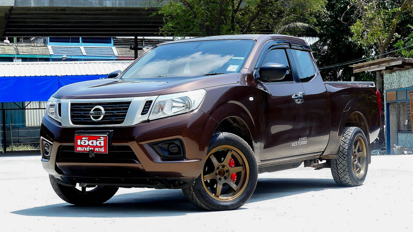 Nissan NP300 King Cab 2.5 S / MT ปี 2017