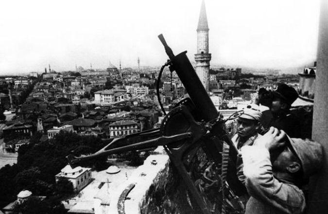 İkinci Dünya Savaşı'nın Türk Edebiyatı'na Etkisi 2