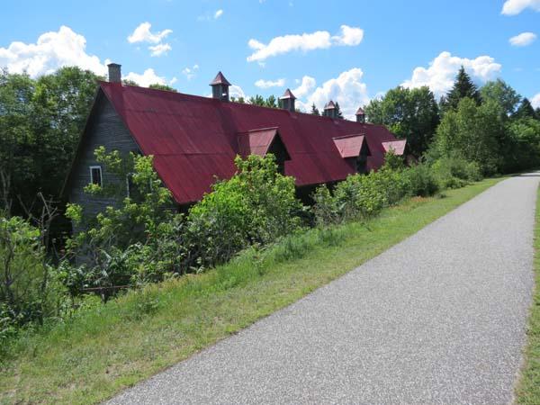 P'tit Train du Nord - Old Saw Mill, L'Annonciation