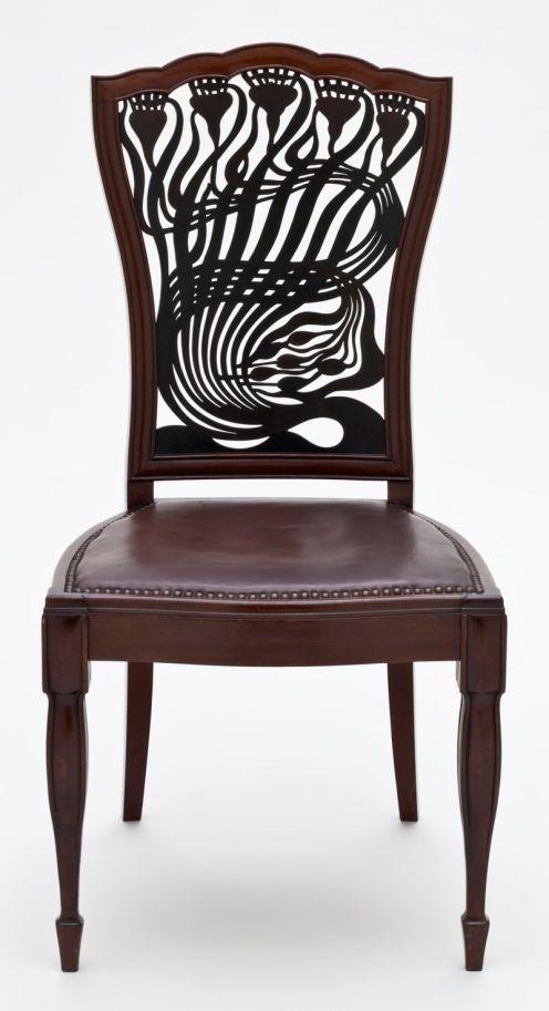 silla diseñada por Arthur Heygate Mackmurdo,1883.