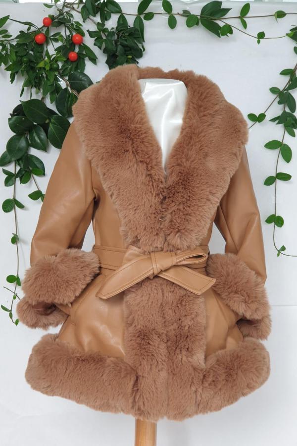 Manteau fourrure marron 49 euros du 4 ans au 14 ans
