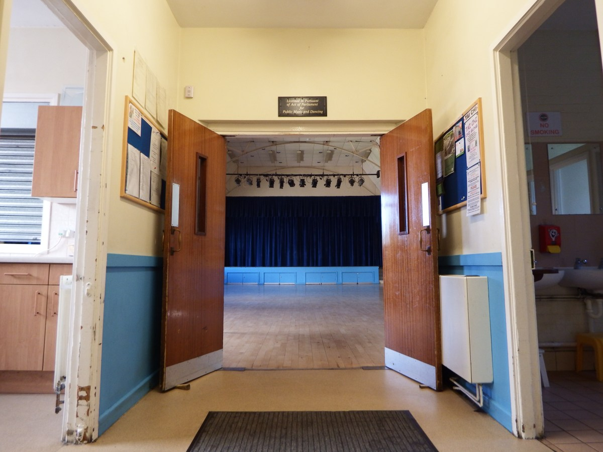 facilities to hire at edenbridge village hall