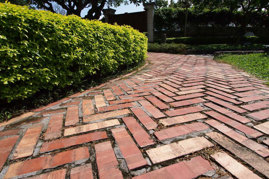 brick-cobblelock-paving