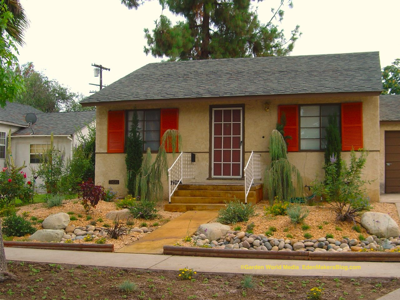 Access Here lot info: Pictures of landscaping xeriscape ... on Xeriscape Yard Ideas  id=84859