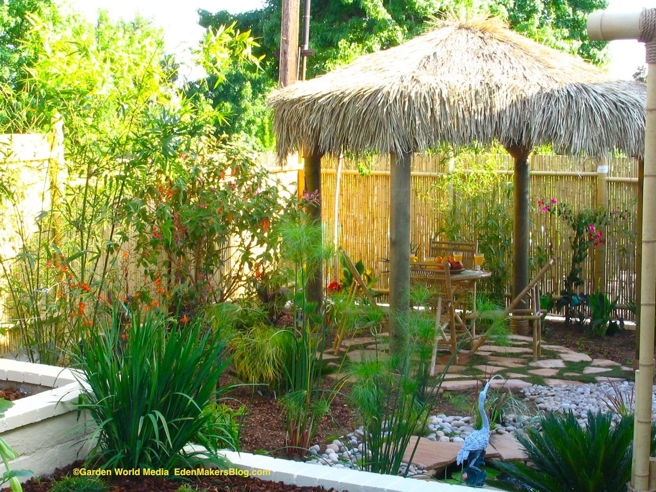 Tropical Backyard Landscaping Ideas - Home Design Elements on Tropical Small Backyard Ideas id=80269