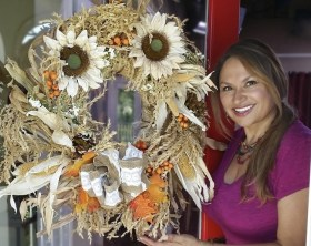 Shirley-Bovshow-Autumn-Wreath-From-Repurposed-Corn-Stalk-Home-and-Family-Show-EdenMakers.jpg