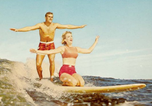 surfer couple