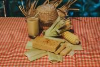 Bolo e suco de milho - Rafael Guirro
