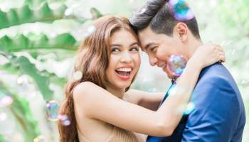 Maine Mendoza and Alden Richards in one of AlDub prenup photos (Eat Bulaga/Manny and April Photography)