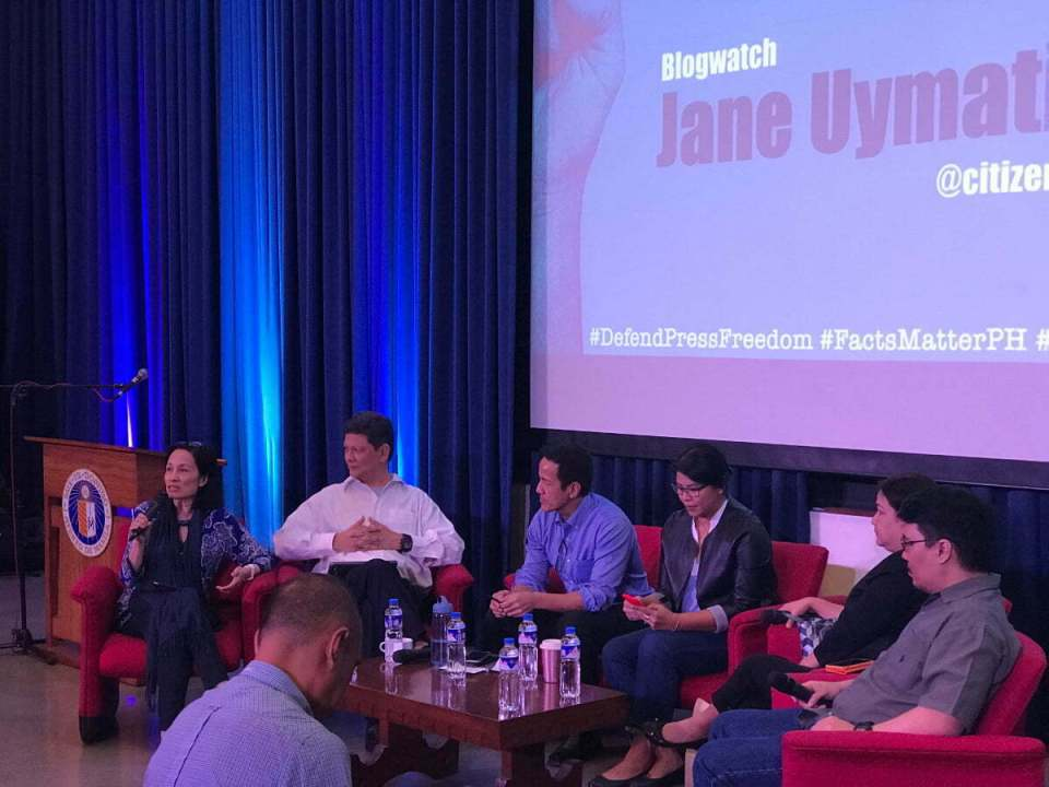Jane Uymatiao of Blogwatch speaks at the Democracy and Disinformation conference on February 13, 2018. Also in photo are Ed Lingao of TV5, Vince Lazatin of Transparency and Accountability Network, Gang Badoy Capati of RockEd Philippines, Beng Cabangon of the Philippine Educational Theater Association, and Carlos Nazareno of democracy.net.PH