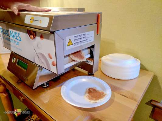Pancake Printer - Folger Shakespeare Folio tour