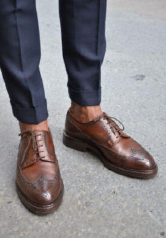 Chaussure de ville semelle épaisse pour homme mince