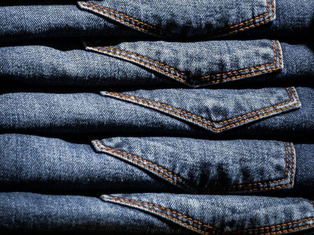 conseil pour nettoyer son jean brut