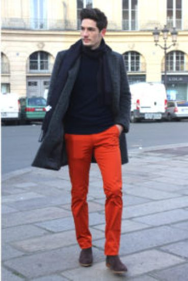 chino homme couleur rouille