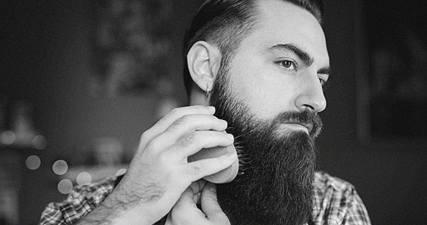 accélérer la pousse de la barbe