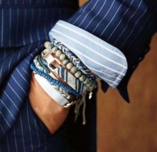 les bijoux pour homme superposition de bracelets