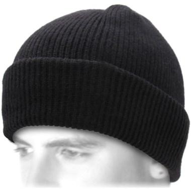 tenue homme idée de bonnet noir