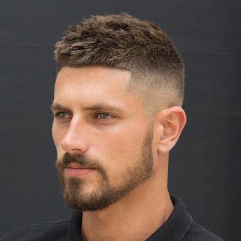 coupes de cheveux tendance cheveux courts homme