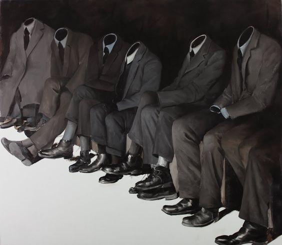 Vos habitudes modes 2017 à oublier, en route pour 2018 ! homme men style tendance fashion clones identique gris costume suit future minimaliste normcore nouvel an new-year
