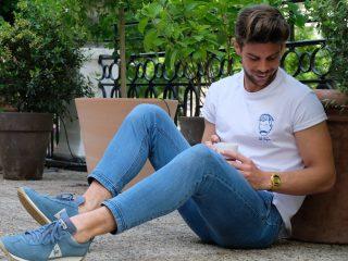leo pask influenceur porte tee-shirt créateur homme marque edgard Paris