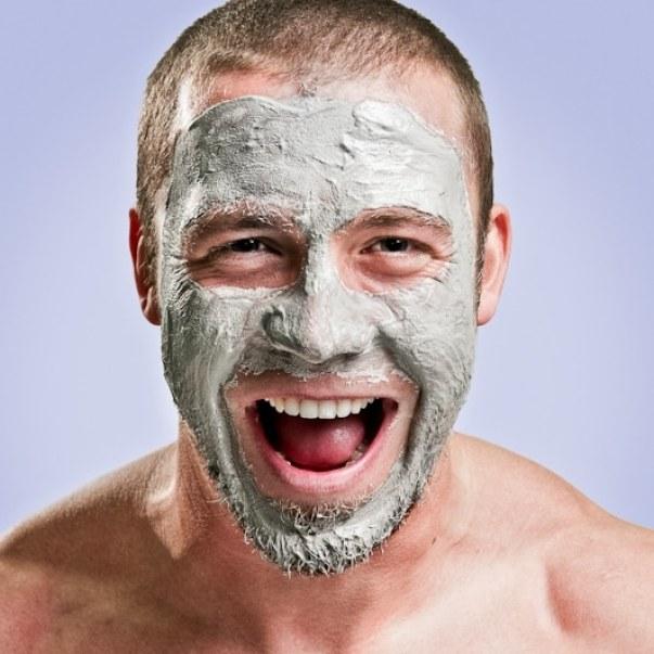 traiter les poils incarnés de la barbe