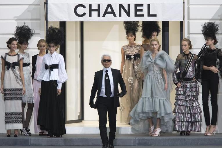 10 punchlines de Karl Lagerfeld hommage